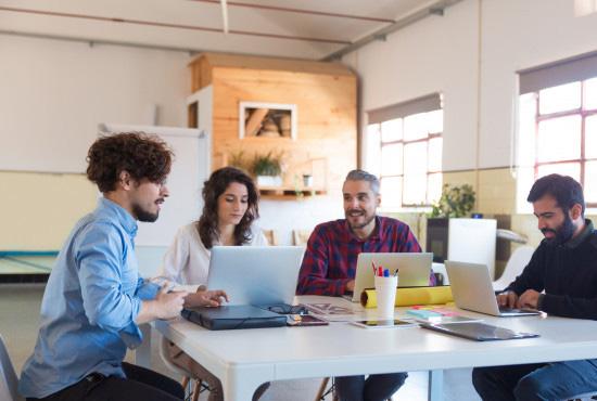 Tech Startups & MVPs